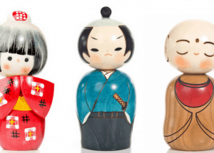 a guide to japanese kokeshi dolls