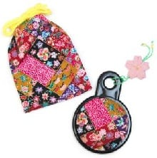 Japanese compact mirror - pink