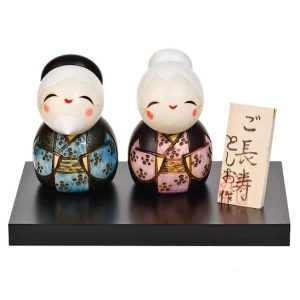 Small happy life together kokeshi doll set
