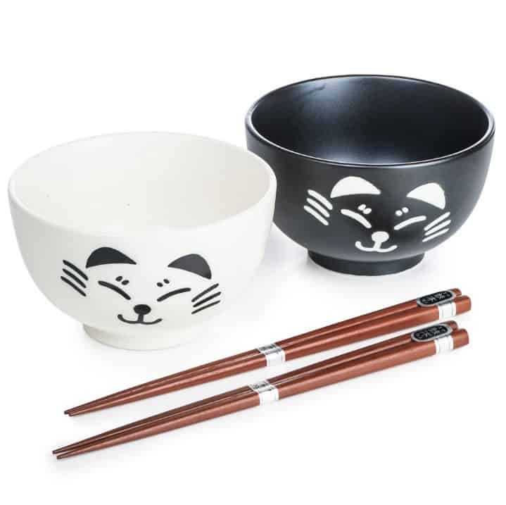 White and Black Japanese Tableware Set