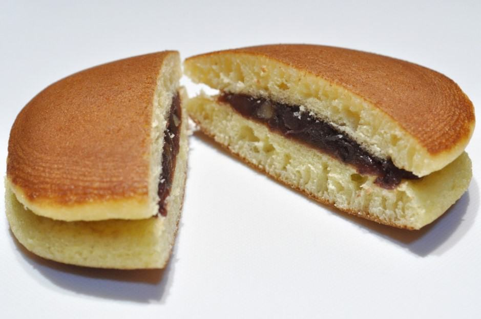 Dorayaki filled with red bean paste.