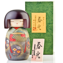 Sweet Lady Japanese Wooden Kokeshi Doll Gift Box